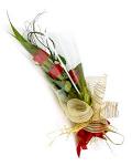 3 stunning red long stem roses